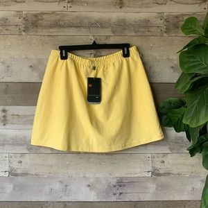 Nike Athletic Skort Skirt Short Size Large NWT